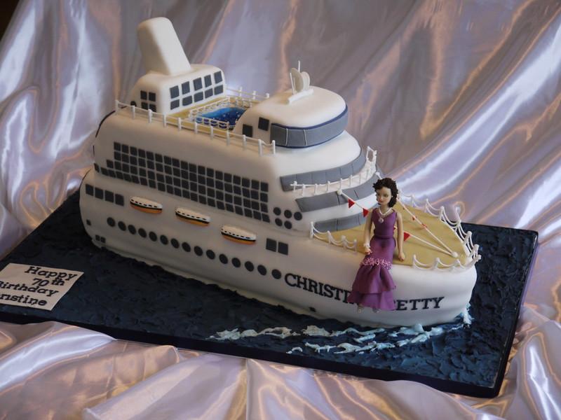 Cake Decorator Leeds Cakes - Cruise ship cake
